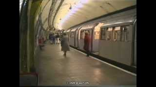 preview picture of video 'South Wimbledon Northern Line Station 1990'