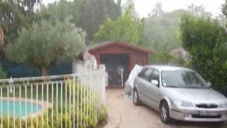preview picture of video 'Orage violent tonnerre Marignane 18 juillet 2013 à18h30'