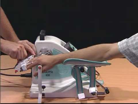 Chiropractor als Behandlung der Wirbelsäule