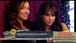 Katja Schuurman zoent met Ellen ten Damme   3FM Serious Request 2010