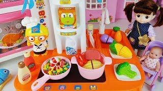 Baby Doll food cooking and Pororo big Kitchen toys play - 토이몽