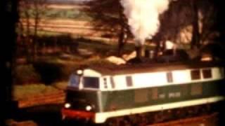 preview picture of video 'Dawne lokomotywy,  Rudna Gwizdanów 1976, bahnhof Raudten Queissen'