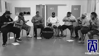 "Video thumbnail of ""Cook Island Stringband TOATRIBE SOCIAL"""