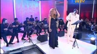 Hande Yener Feat. Müslüm Gürses - Sorma Ne Haldeyim - YouTube.FLV