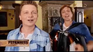 "Video thumbnail of ""Dorfrocker - Die Glöcknerin von Dingolfing"""