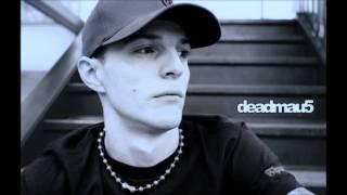 """Video thumbnail of """"deadmau5 - Porcelain"""""""
