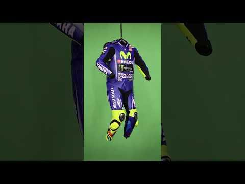 Selecciónalo ahora Valentino Rossi Movistar Yamaha MotoGP 2017 traje 368127580e402