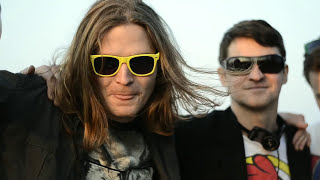 Video Čardáš Klaunů - Jen tak (oficiální videoklip)
