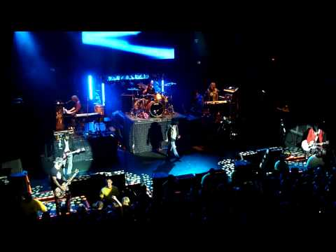 Guns N Roses - Live and Let Die - Live @ House of Blues Orlando 03-03-2012