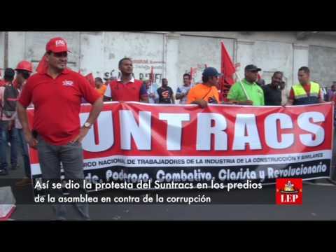 Suntracs lleva su protesta a la Asamblea en rechazo a los corruptos