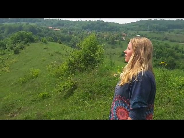 Dymphi Peeters sings at the Tumulus in Visoko Bosnia