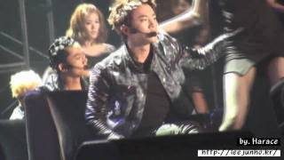 [Fancam] 100808 Busan concert Tired of Waiting 2pm junho ver. (Very sexy)