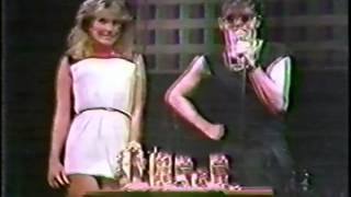 DEVO 1982-10-30 3-DEVO Beverly Hills, CA