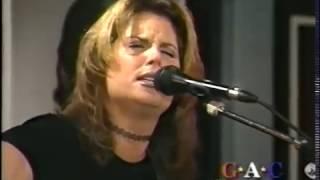 "Terri Clark ""Sometimes Goodbye,"" GAC Album Showcase: Fearless"