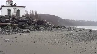 preview picture of video 'Discovery Park, hiking to West Point Lighthouse'