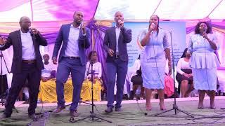 kwakukuningi Kudekiwe (Live) by Ndawonye Christ Worshippers