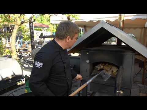 Tipps vom Grillprofi: So arbeitet man mit einem Holzbackofen