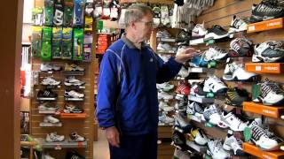 How to pick  a Tennis Shoe