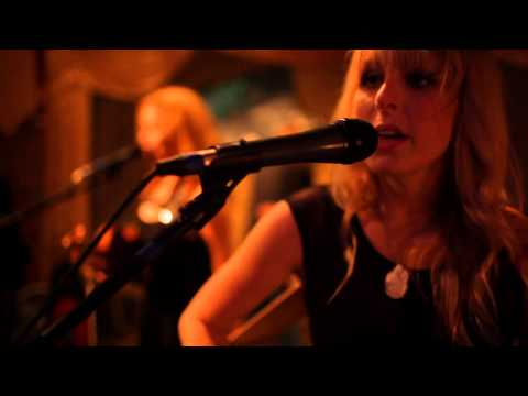 "The Reverse Cowgirls ""Son's Gonna Rise"" (Citizen Cope Cover)"