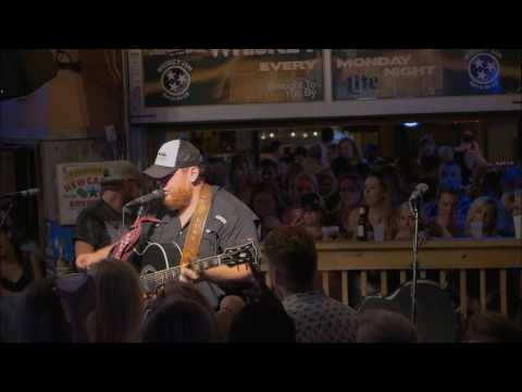Luke Combs - She Got The Best Of Me - Whiskey Jam, July 25, 2016