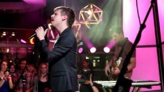 Foster The People - I Would Do Anything For You (Live @ Much)