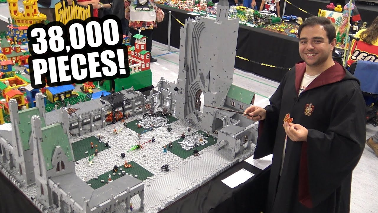 Giant LEGO Hogwarts Courtyard Battle | Custom Harry Potter Scene
