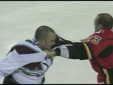 Eric Nystrom vs. Ian Laperriere