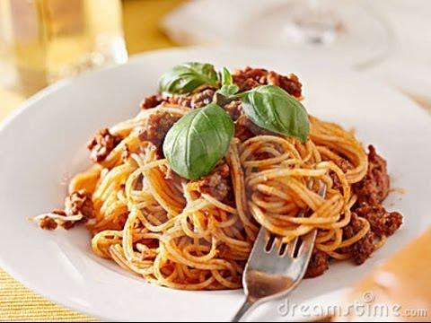 Cocinar Espagueti a la Boloñesa (Facil y sencillo)