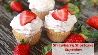 how to make a strawberry cupcake from scratch