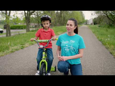 """5-Step Assembly - How to Assemble a Huffy 12"""" or 16"""" Kids Bike with Training Wheels"""