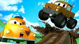 Монстр-трак Марли - Автомойка Эвакуатора Тома в Автомобильный Город 💧 детский мультфильм