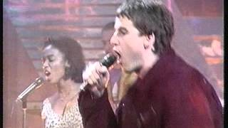 The Farm Groovy Train Top Of The Pops 06/09/90