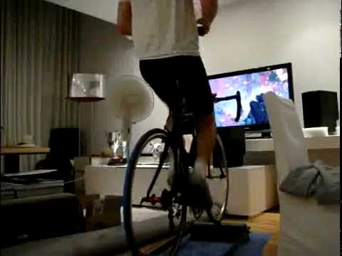 F1 Driver Plays Modern Warfare 2 While Riding A Bike