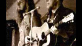 150ThingsWeLoveAboutCanada 12 The legendary Stan Rogers Barretts Privateers play