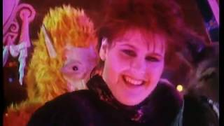 Yazoo - The Other Side Of Love (Official Video)
