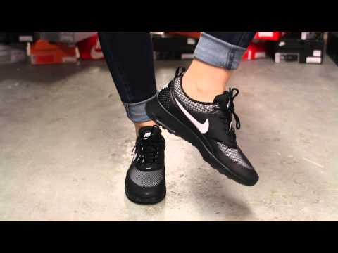 """Nike Air Max Thea """"Black/White"""" On-feet Video at Exclucity"""