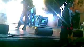 Gemelli Diversi Un Attimo Ancora Live @ San Cono 07 05 2011