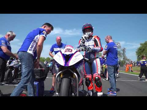Catching up with Smiths Racing BMW at Oulton Park