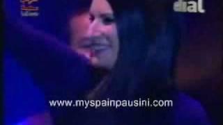 "Laura Pausini y L. fonsi ""todo vuelve a empezar""Live Madrid"