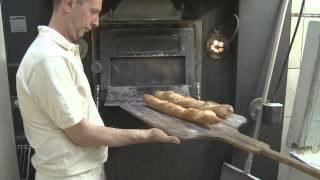 preview picture of video 'La Mie du Pain Boulangerie Patisserie Lannion'