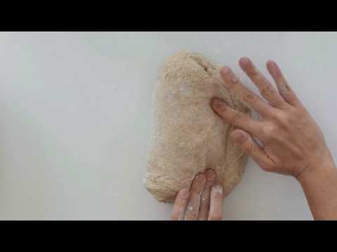 La formatura del pane e l'uso del cestino di lievitazione