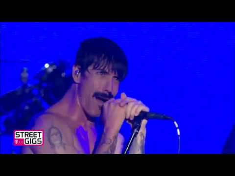 Red Hot Chili Peppers - Sick Love Live at Telekom street Gigs Berlin 2016