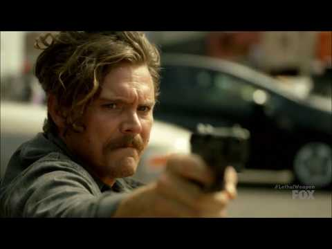 Lethal Weapon S02 Ep07 - Riggs is chasing Cody (part 2.)