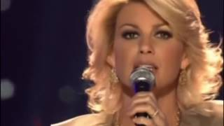 Faith Hill - O come all ye faithful