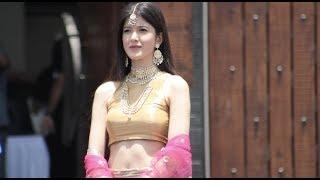 बला की खूबसूरत है Sanjay Kapoor की ये बेटी,Sonam की शादी में लूट ली महफिल