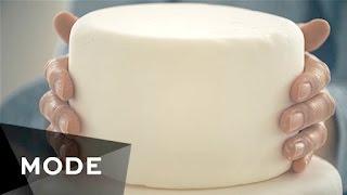 The  Making of a Wedding Cake ★ Mode.com