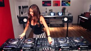 Juicy M mixing on 4 CDJs vol. 6