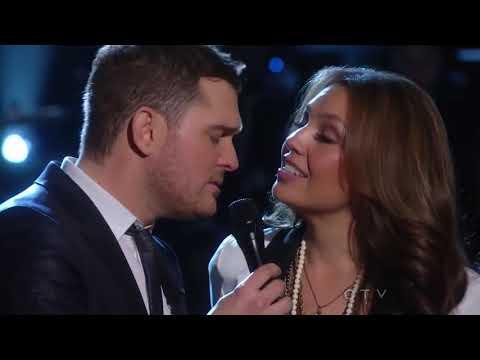 Michael Bublé Duet With Thalia - Mis DeseosFeliz Navidad - Live From NBC New York