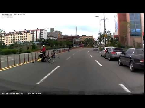 ДТП авария мотоциклист и велосипедист 3 09 2013