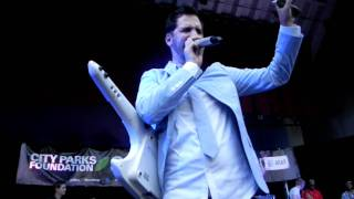 "Jon B ""Cool Relax"" Live in Brooklyn, NY for Summer Stage 6/16/11"